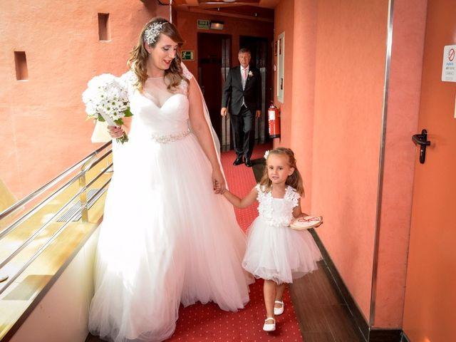 La boda de Jose y Tamara en Salteras, Sevilla 21