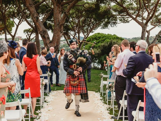 La boda de Jon y Caren en S'agaro, Girona 43