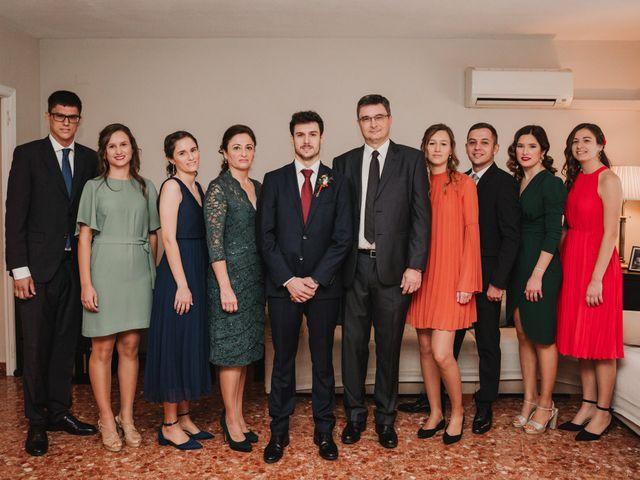 La boda de Miguel y Ana en Godella, Valencia 28