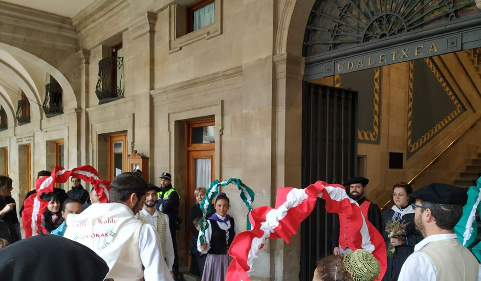 La boda de Koldo y Raquel  en Vitoria-gasteiz, Álava