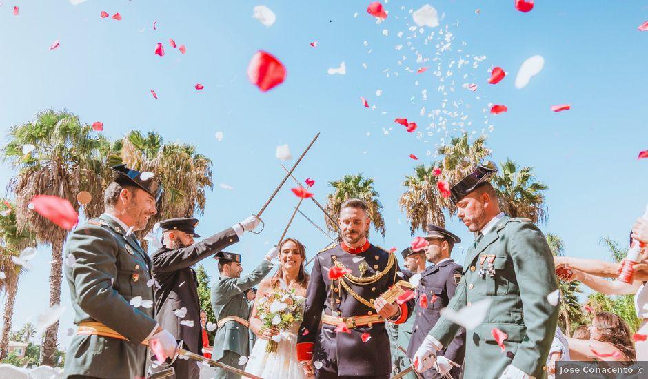 La boda de Dani y Ester en Alacant/alicante, Alicante