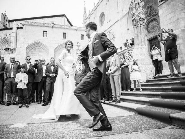 La boda de Antonio y Patricia en Burgos, Burgos 24