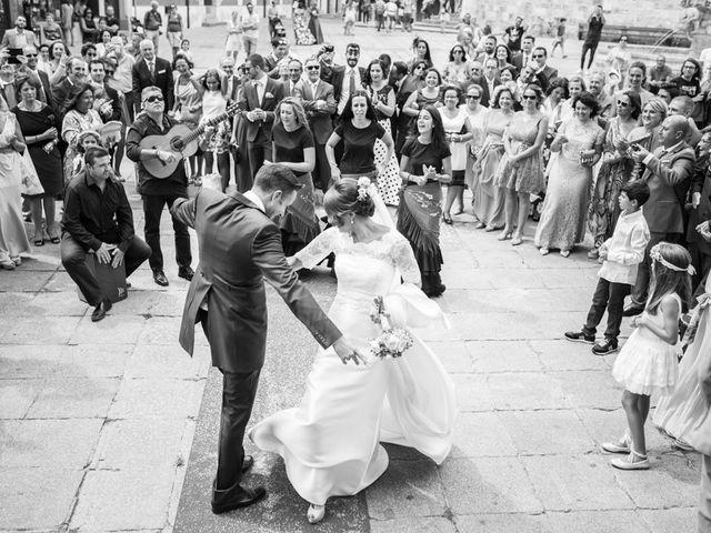 La boda de Antonio y Patricia en Burgos, Burgos 25