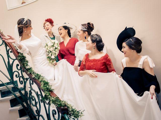 La boda de Juan y Maribi en Sevilla, Sevilla 17
