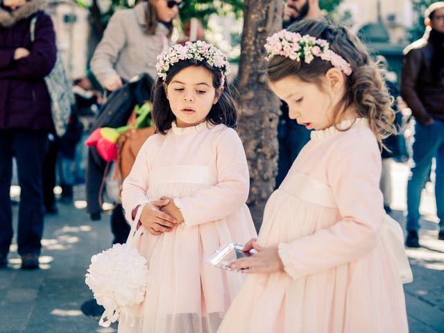 La boda de Juan y Maribi en Sevilla, Sevilla 19