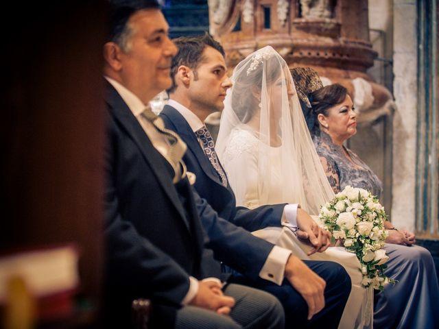 La boda de Juan y Maribi en Sevilla, Sevilla 26