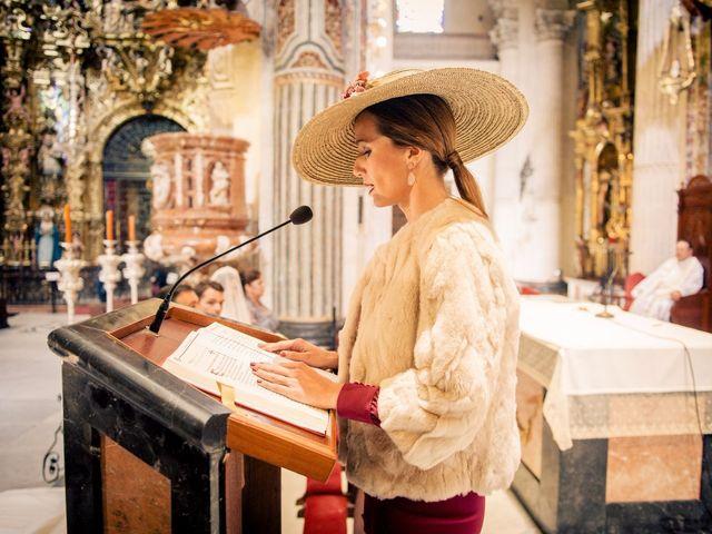 La boda de Juan y Maribi en Sevilla, Sevilla 28
