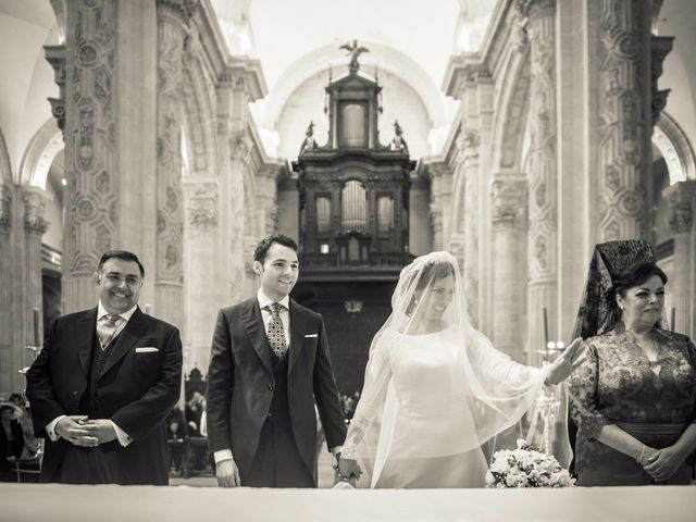 La boda de Juan y Maribi en Sevilla, Sevilla 30