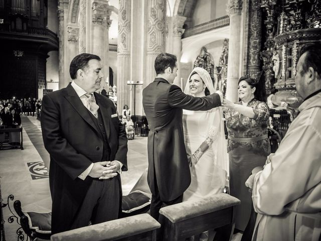 La boda de Juan y Maribi en Sevilla, Sevilla 31