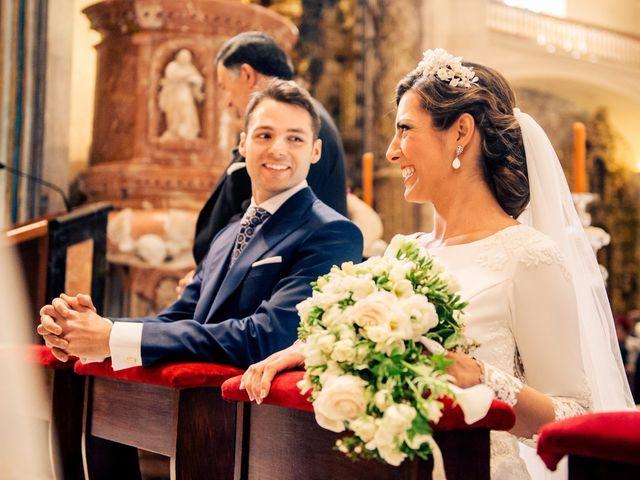 La boda de Juan y Maribi en Sevilla, Sevilla 34