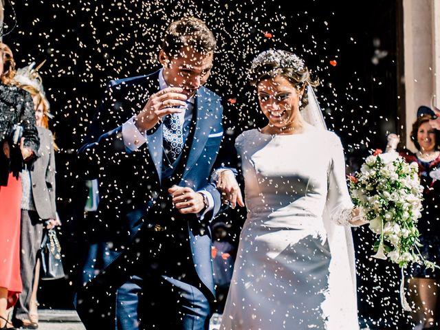 La boda de Juan y Maribi en Sevilla, Sevilla 39