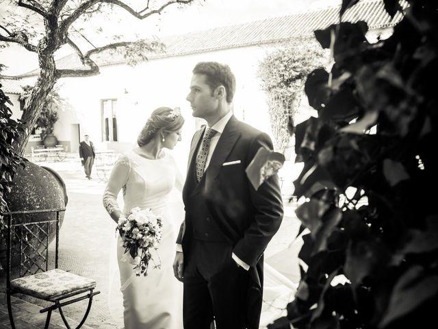 La boda de Juan y Maribi en Sevilla, Sevilla 44