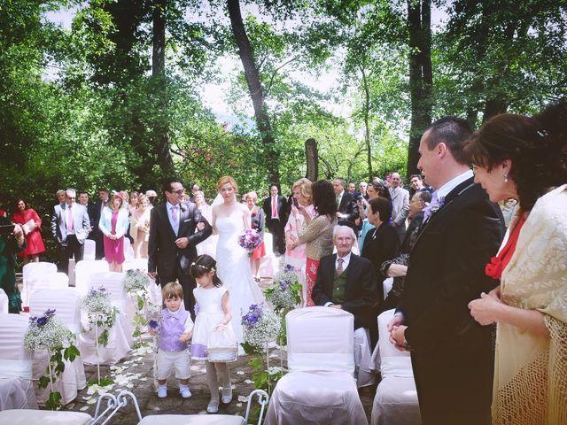 La boda de Jesús y Estela en Valdastillas, Cáceres 27