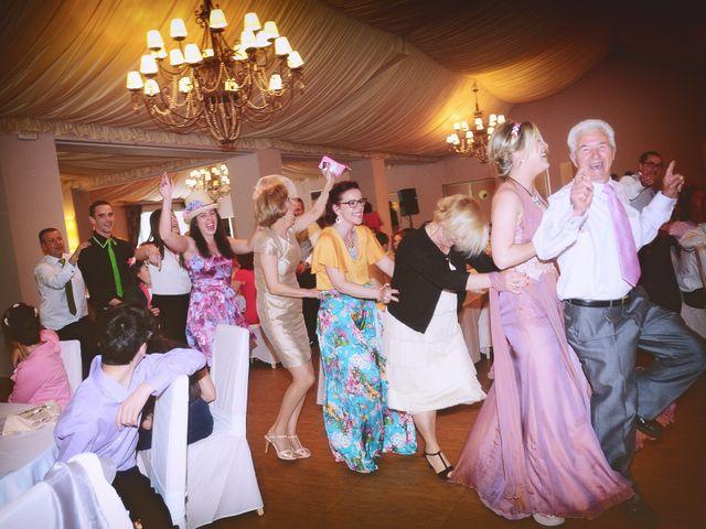 La boda de Jesús y Estela en Valdastillas, Cáceres 50