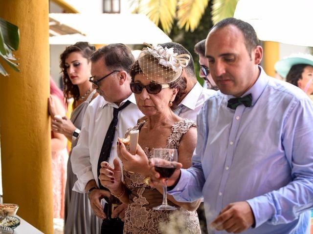 La boda de David y Rosa en Sevilla, Sevilla 104