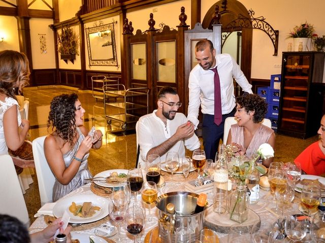 La boda de David y Rosa en Sevilla, Sevilla 125