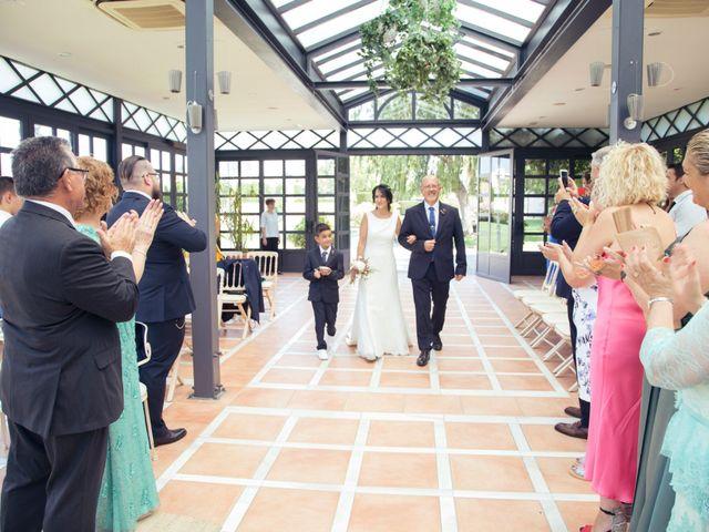 La boda de David y Almudena en El Puig, Valencia 7