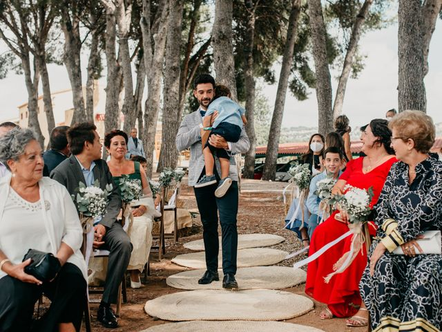 La boda de Guillém y Berta en El Vendrell, Tarragona 23
