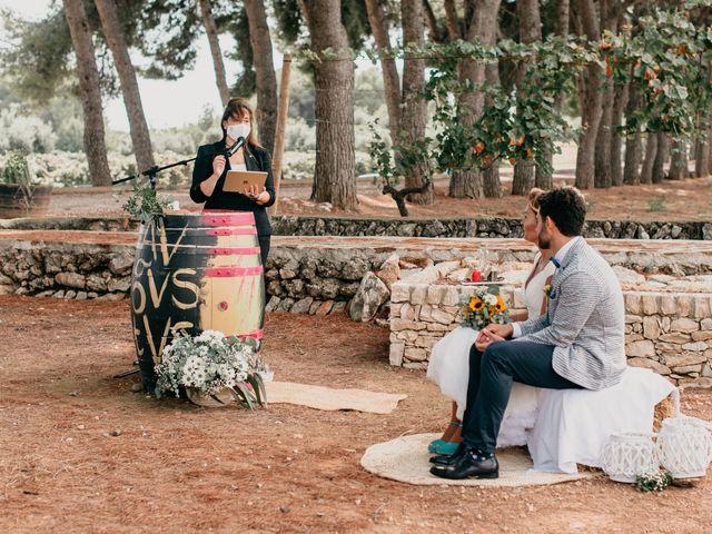 La boda de Guillém y Berta en El Vendrell, Tarragona 32