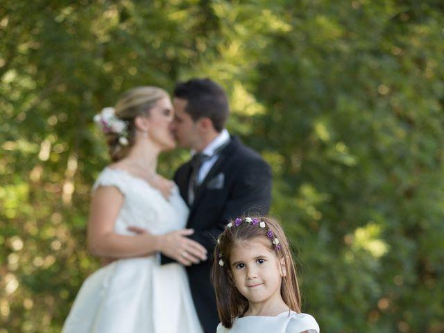 La boda de Damián y Uxía en Vilalba, Lugo 33