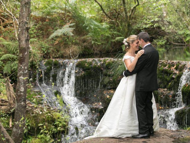 La boda de Damián y Uxía en Vilalba, Lugo 35