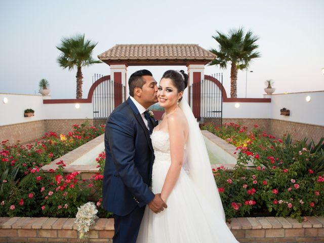 La boda de Leo y Estefanía en Salteras, Sevilla 24