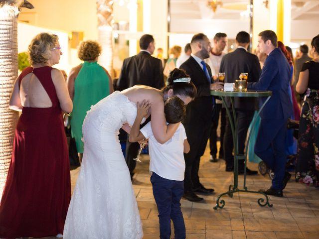 La boda de Leo y Estefanía en Salteras, Sevilla 33