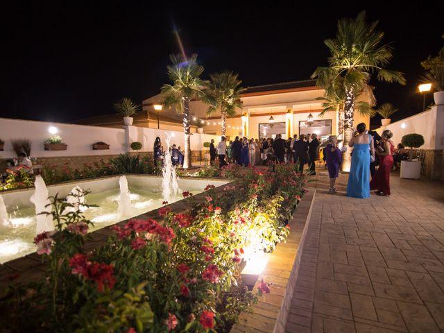 La boda de Leo y Estefanía en Salteras, Sevilla 34