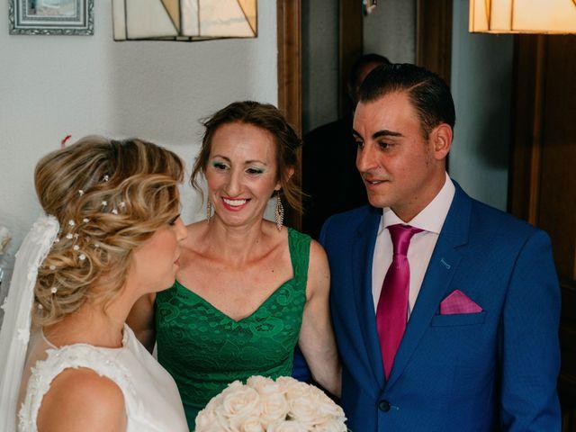 La boda de Jorge y Manuela en Jerez De La Frontera, Cádiz 35