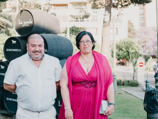 La boda de Jorge y Manuela en Jerez De La Frontera, Cádiz 52