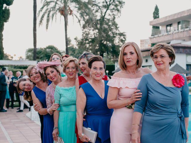 La boda de Jorge y Manuela en Jerez De La Frontera, Cádiz 343