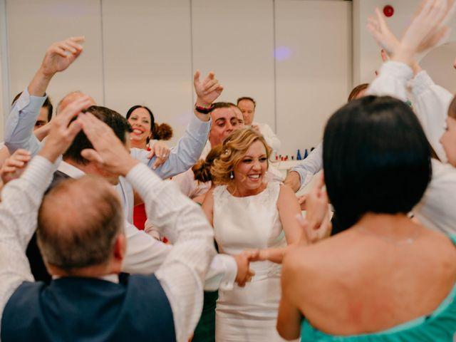 La boda de Jorge y Manuela en Jerez De La Frontera, Cádiz 390