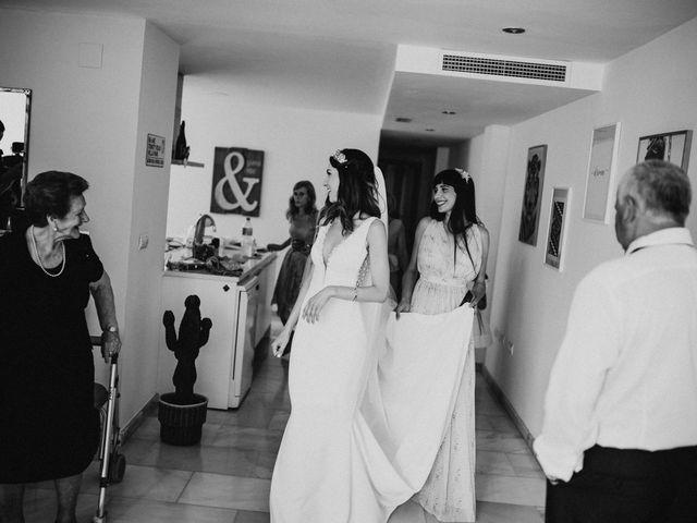 La boda de Carla y Armando en Valencia, Valencia 28
