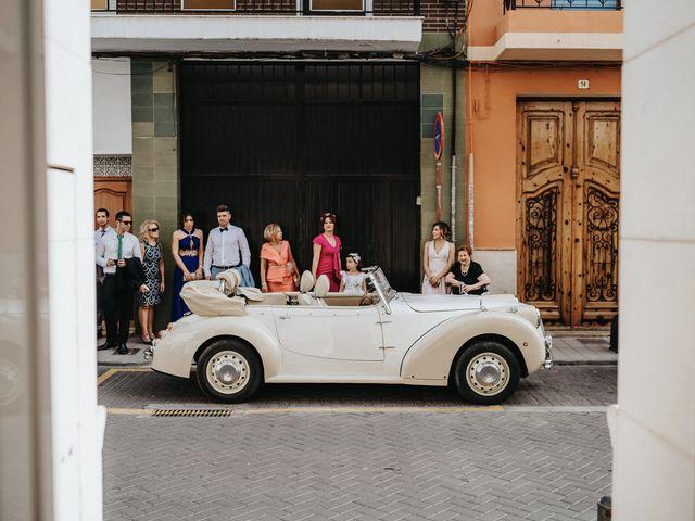 La boda de Carla y Armando en Valencia, Valencia 32