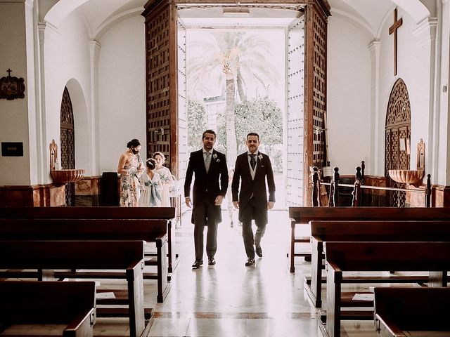 La boda de Jesús y Vanesa en Dos Hermanas, Sevilla 43