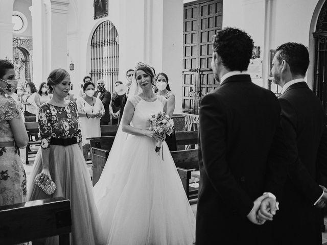 La boda de Jesús y Vanesa en Dos Hermanas, Sevilla 50
