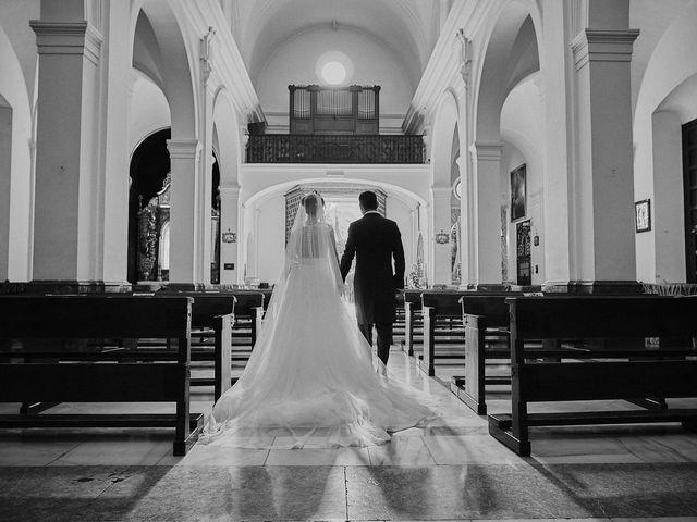 La boda de Jesús y Vanesa en Dos Hermanas, Sevilla 65
