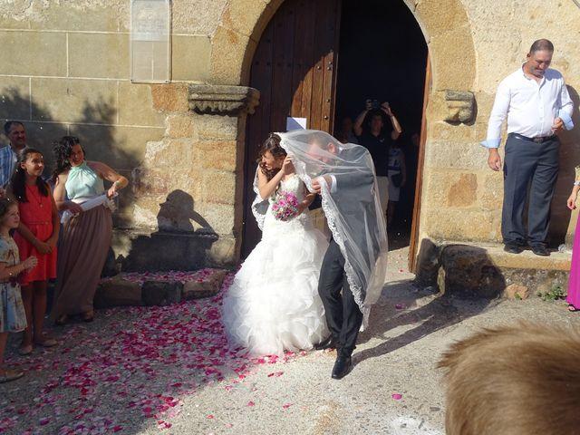 La boda de Jesús  y Miriam en Villanueva De La Sierra, Cáceres 12