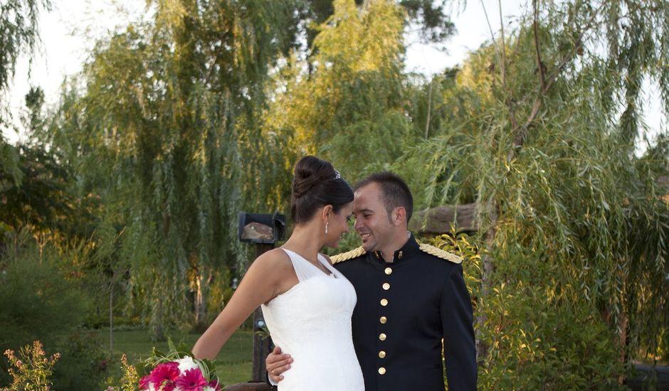 La boda de maribel y c sar en aldea del fresno madrid for Jardines del alberche