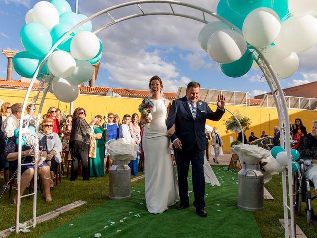 La boda de Joaquin y Bárbara en Puertollano, Ciudad Real 31