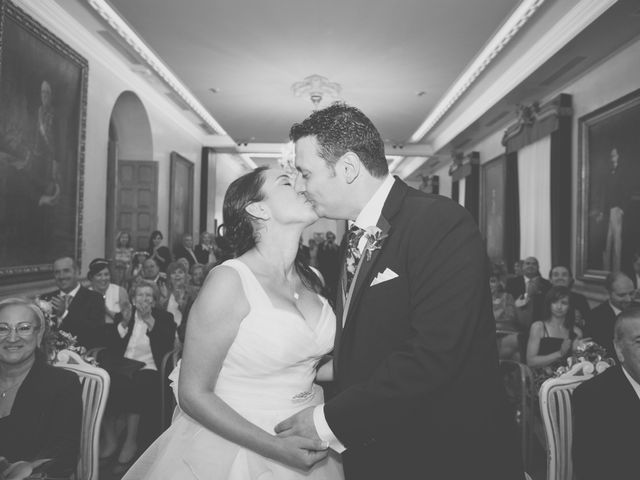 La boda de Alberto y Verónica en Gijón, Asturias 5