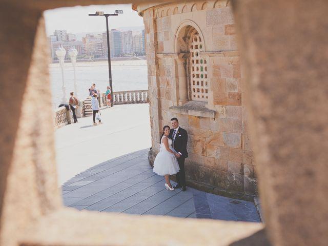 La boda de Alberto y Verónica en Gijón, Asturias 14