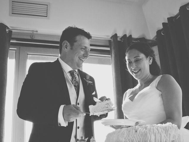 La boda de Alberto y Verónica en Gijón, Asturias 32