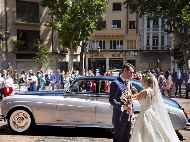 La boda de Abraham y Patricia en Villanueva De Gallego, Zaragoza 10