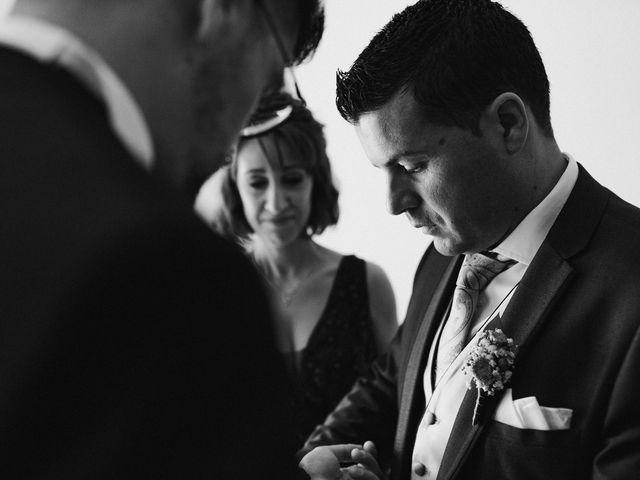 La boda de Francisco y Natalia en Bienvenida, Badajoz 32