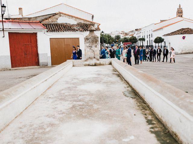 La boda de Francisco y Natalia en Bienvenida, Badajoz 36