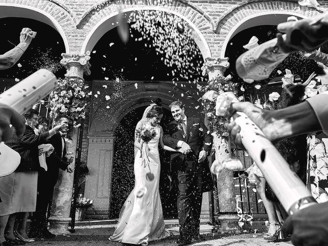 La boda de Laura y Manuel en Madrid, Madrid 23