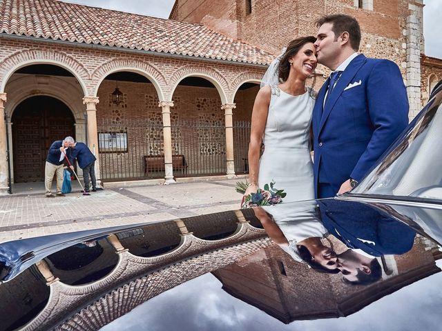 La boda de Laura y Manuel en Madrid, Madrid 24