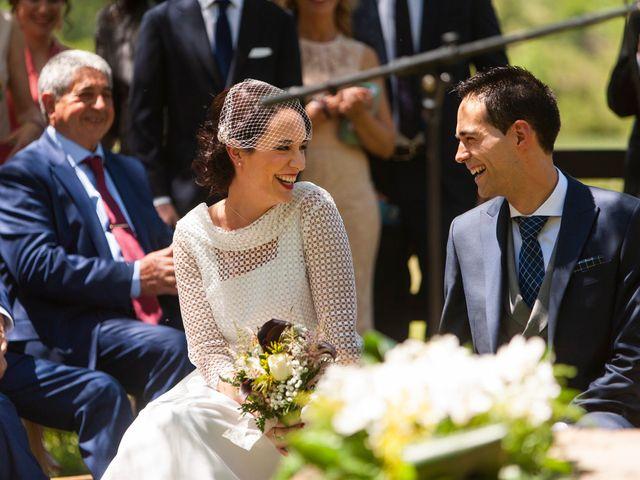 La boda de Luis y Estela en Huermeces, Burgos 15