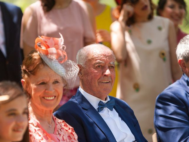 La boda de Luis y Estela en Huermeces, Burgos 16